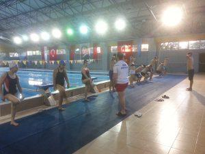 Yetişkin Büyükler İçin Yüzme Eğitimi 4