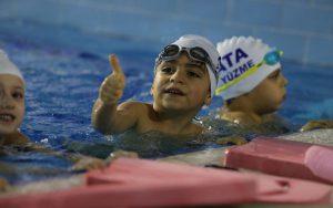 Çocuk Yüzme Eğitimi Albümü 1