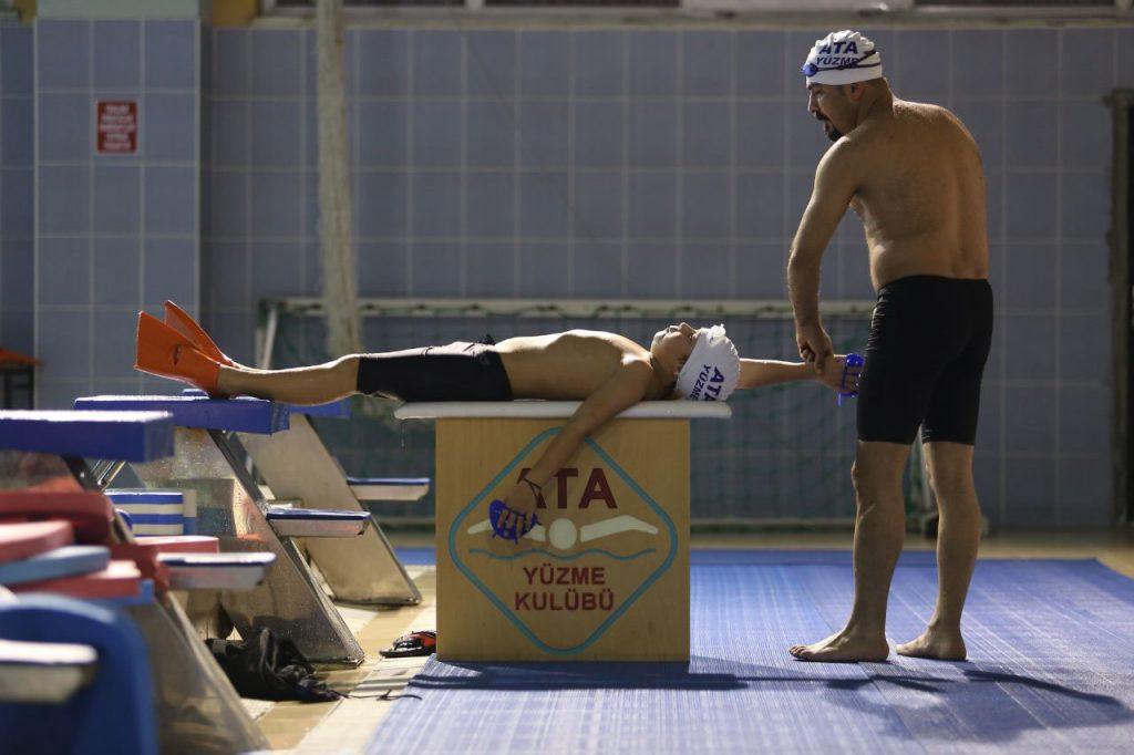 Özel Yaz için Yüzme Kursları