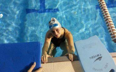 Bayan Hocadan Özel Yüzme Dersi