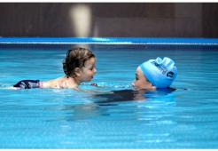 Bebeklerde Yüzme Refleksinin Gelişimi