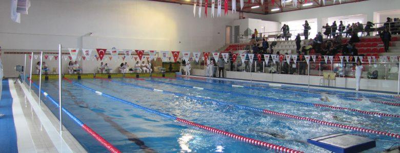 Burhan Felek Yüzme Kursları