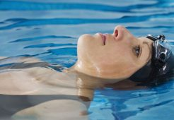Yetişkinler İçin Özel Yüzme Dersi